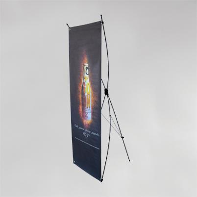 Vue de 3/4, X banner imprimé