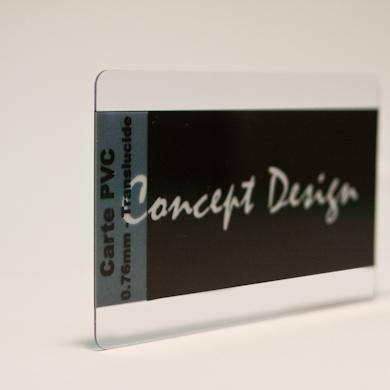 Carte PVC classique - vue de trois quart transparent translucide