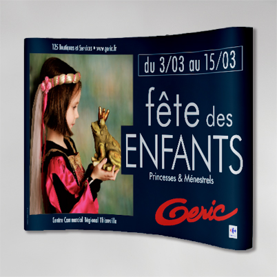 Exemple impression mur d'image courbé 3x3 PVC - pack