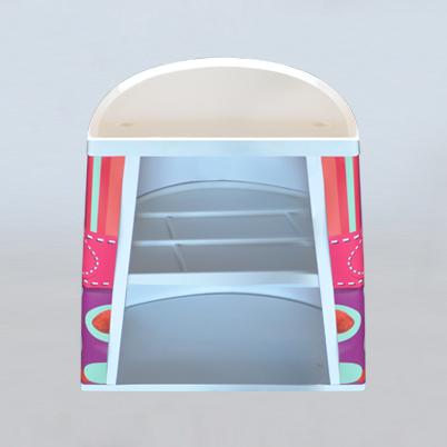 Vue de dos, comptoir d'accueil demi rond imprimé